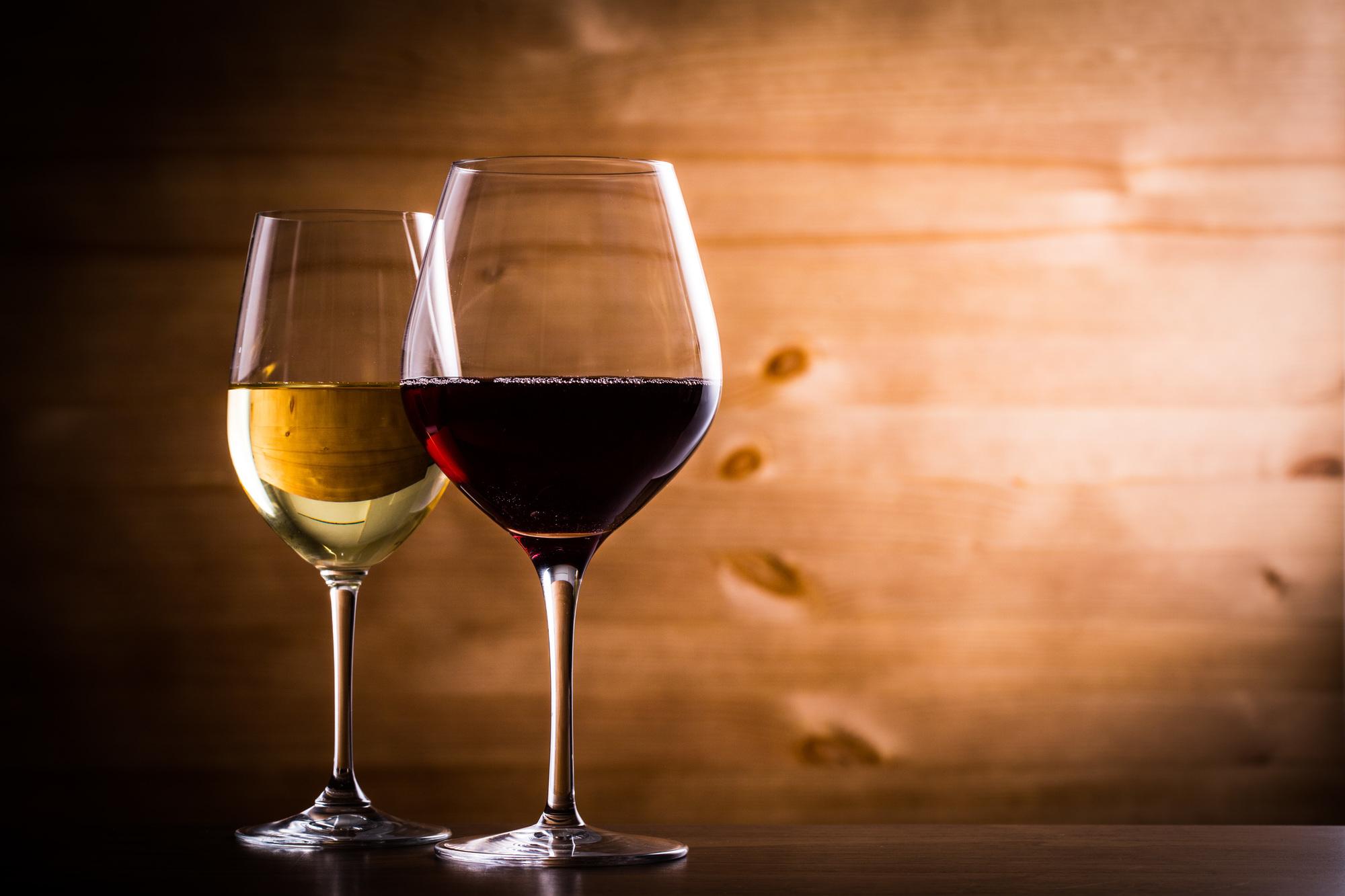 ワイングラスの種類
