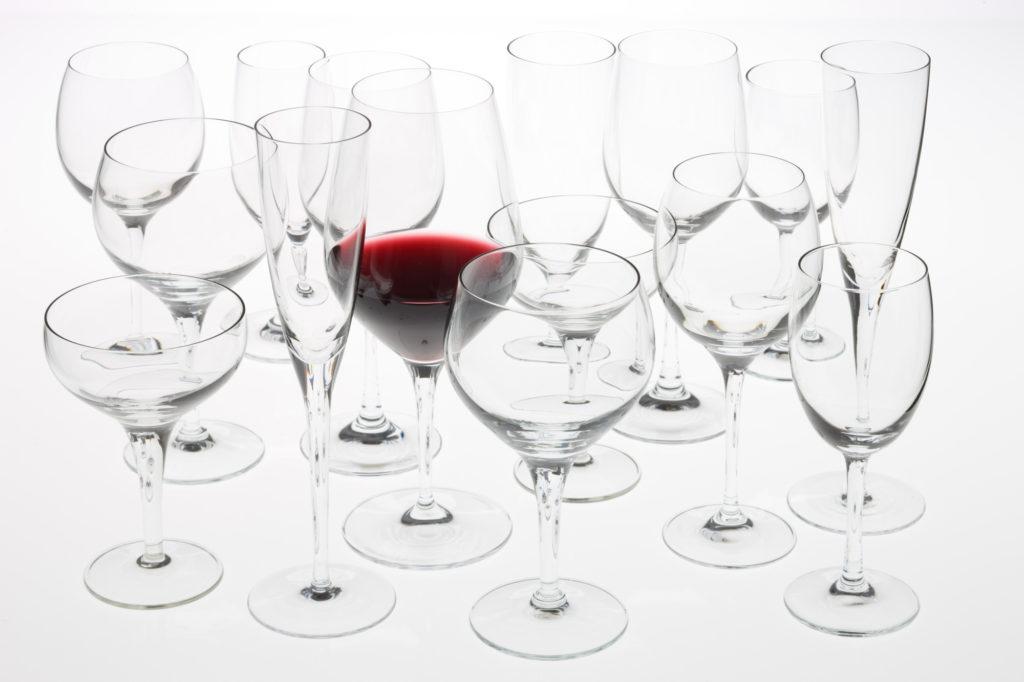 グラスの中の赤ワイン