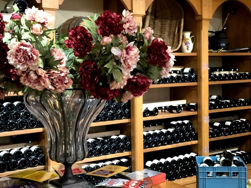 ワイン旅2 店舗兼試飲スペース