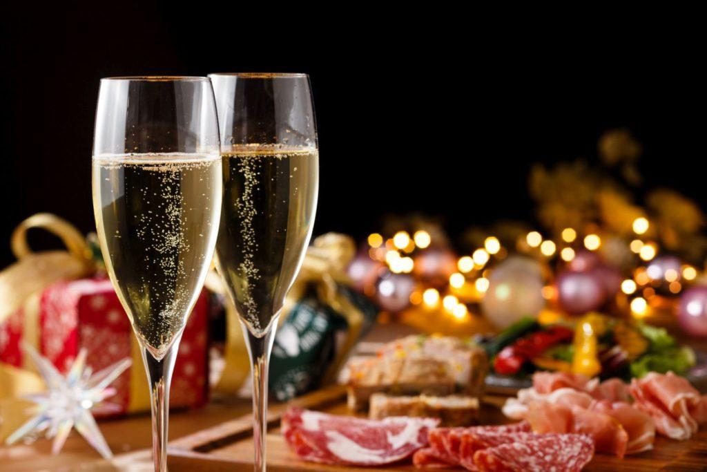 スパークリングワインと食事