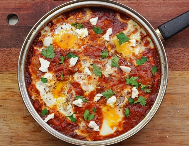 トマトソースの料理